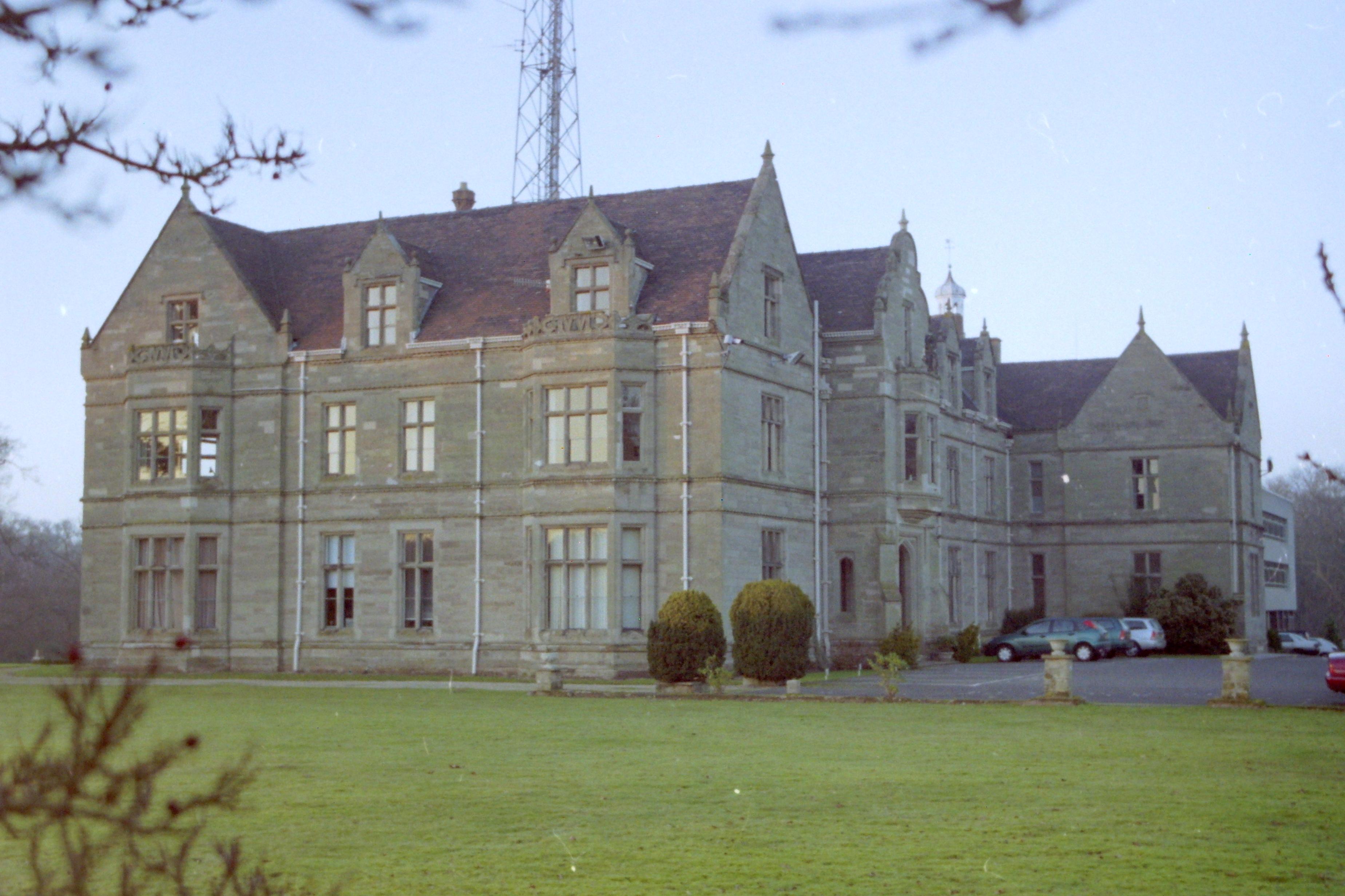 Woodcote (former Warwickshire Police Headquarters)